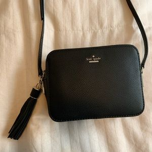 Kate spade leather Naomi crossbody camera bag